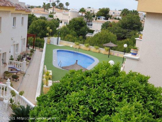 Bungalow en venta en Orihuela (Alicante)